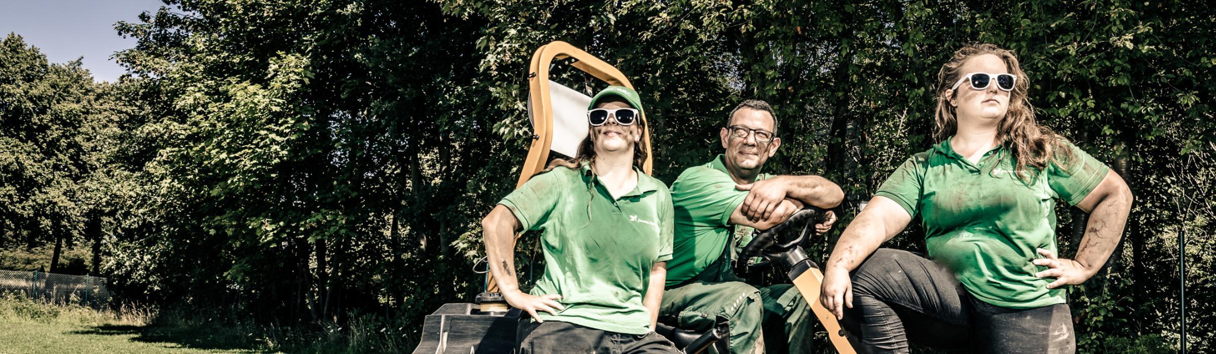 Team Rasenmähen © Simone Reukauf
